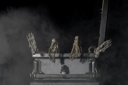 coffin-623540_1280